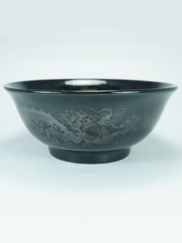 Black dragon bowl